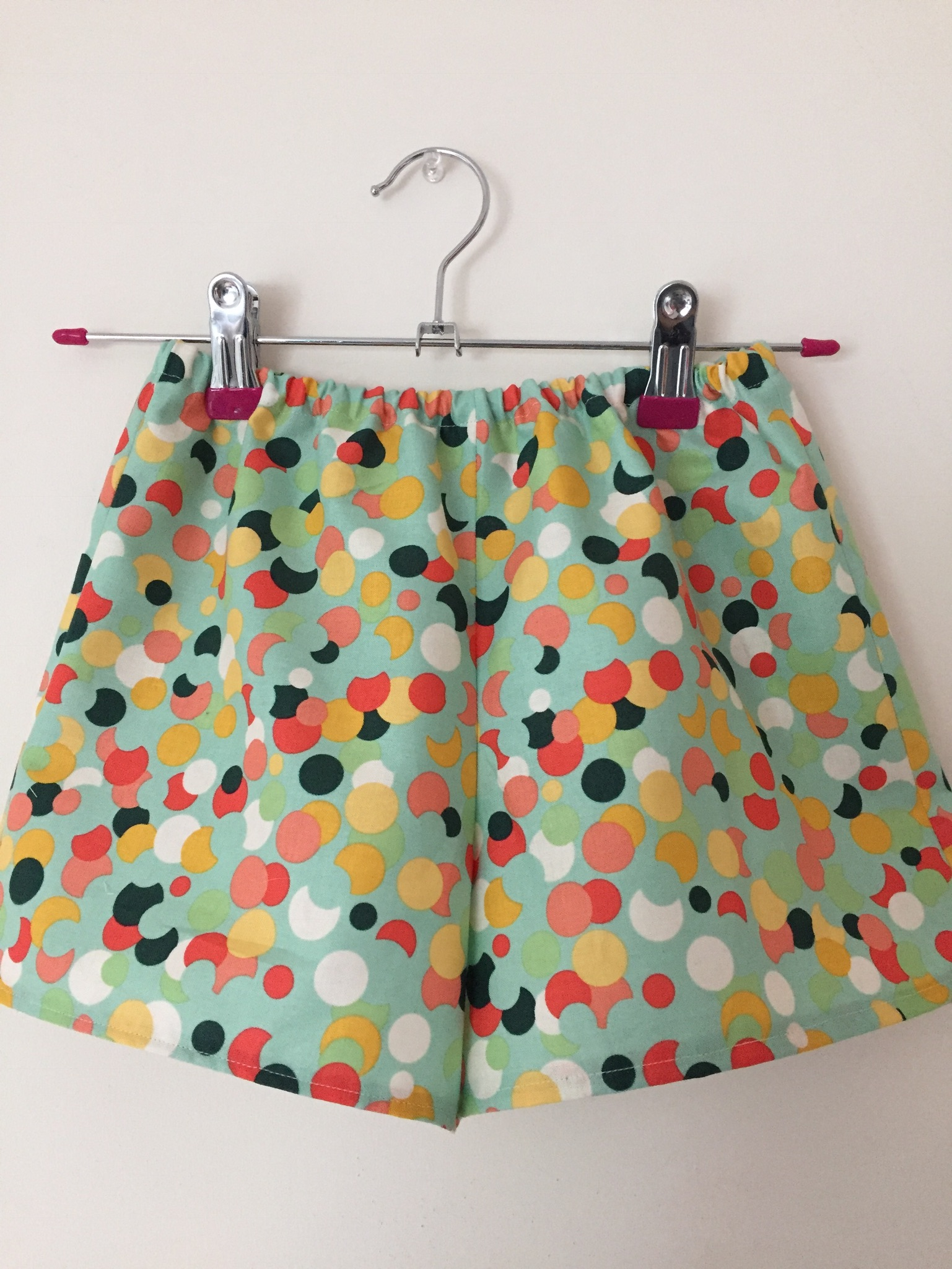 Super cute and easy children's shorts